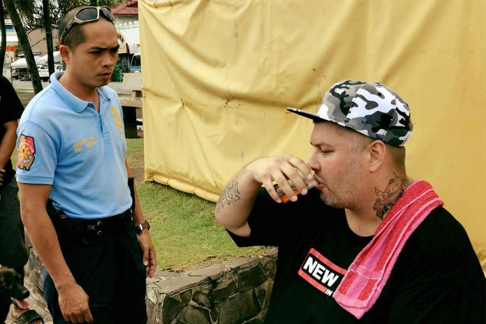 Unruly Foreigners Expats in Dumaguete City
